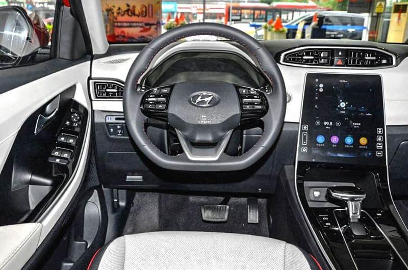 hyundai unveils latest 2020 creta car in car expo