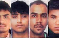 16 दिसंबर 2012 की रात क्या हुआ था16 दिसंबर 2012 को हुए निर्भया गैंगरेप पर पूरे देश ने गुस्सा जाहिर किया। दक्षिणी दिल्ली के मुनिरका बस स्टॉप पर 16-17 दिसंबर 2012 की रात पैरामेडिकल की छात्रा अपने दोस्त को साथ एक प्राइवेट बस में चढ़ी। उस वक्त पहले से ही ड्राइवर सहित 6 लोग बस में सवार थे। किसी बात पर छात्रा के दोस्त और बस के स्टाफ से विवाद हुआ, जिसके बाद चलती बस में छात्रा से गैंगरेप किया गया। लोहे की रॉड से क्रूरता की सारी हदें पार कर दी गईं। छात्रा के दोस्त को भी बेरहमी से पीटा गया।