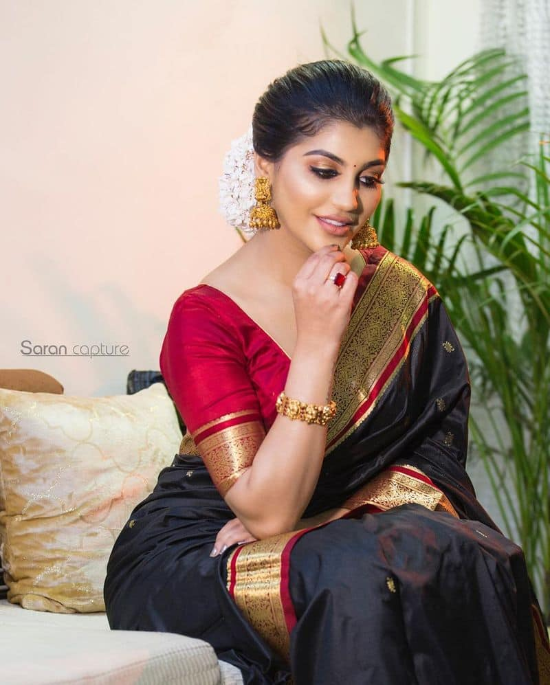 BigBoss Fame Yashika Anand Over Sexy Photo Going Viral in Social Media