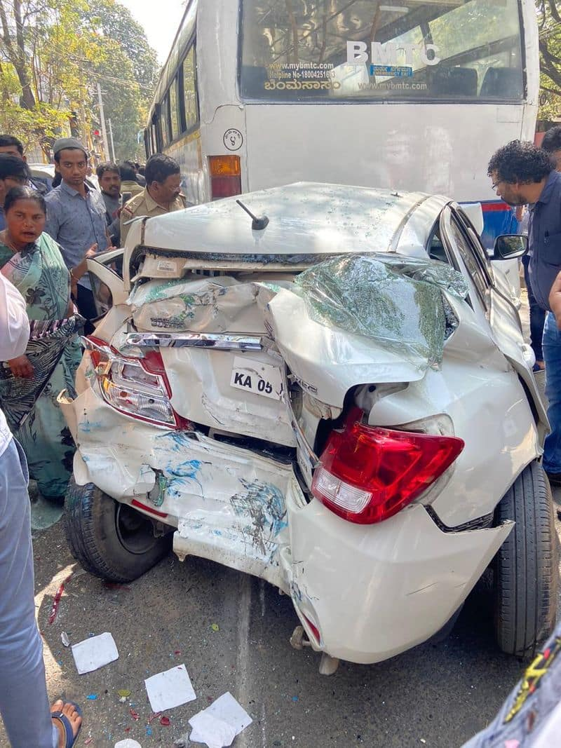BMTC Bus rams into several vehicles injuring 2 in a serial accident in Jayanagar