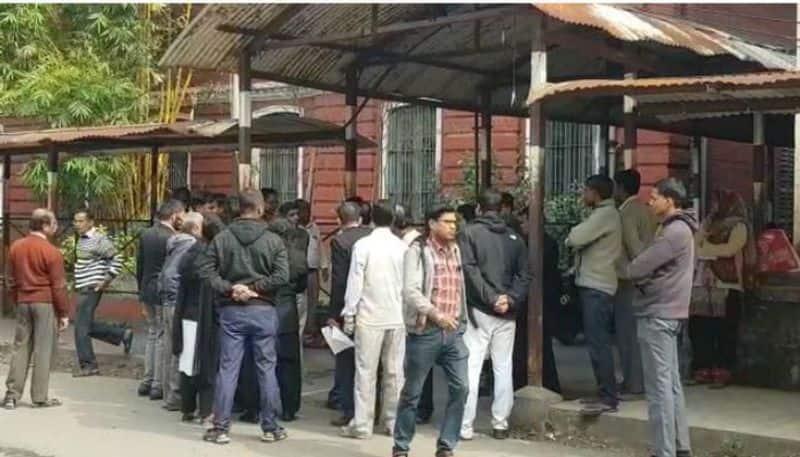 Old man dies at Alipore court