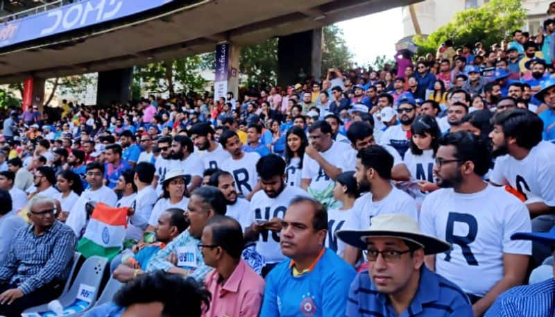 spectators allegedly banned from wearing black at Wankhede Stadium during India vs Australia match