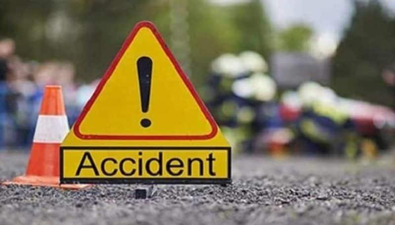 Bike Accident in Mahalingapura in Bagalkot District three People Dead