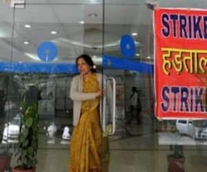 2 days bank strike on 31 st jan   and feb 1st
