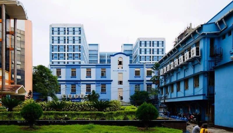 RG Kar Hospital successfully fixed mans cutting finger