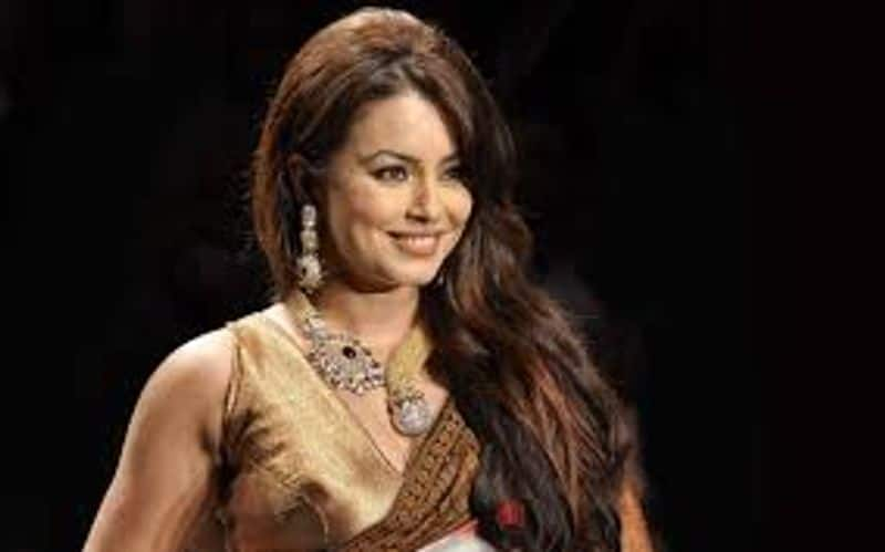 Mahima Chaudhary: The Pardes actress' marriage announcement with beau Bobby Mukherjee in 2006 shocked her fans. According to reports, she became pregnant before her wedding and gave birth to her daughter just a few months after her marriage.