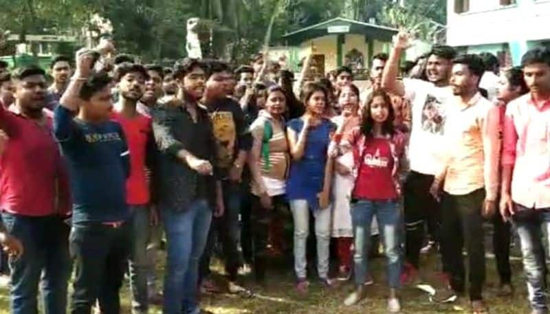 TMCP alleges they were beaten by ABVP at Dinabandhu Mitra college