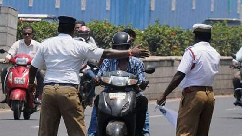 Guntur police fine its own traffic CI for not wearing mask