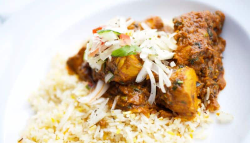 A very Easy and mouth watering Recipe of Chicken Sukha