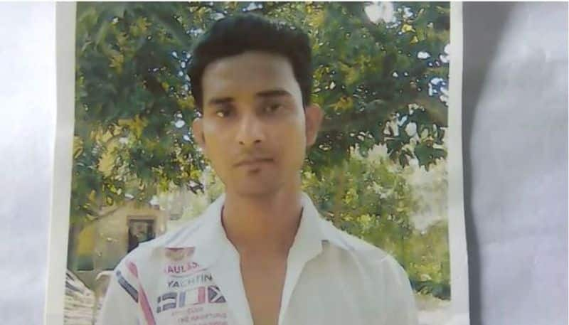 Young man takes away three and half lakhs from a college student in Haroa