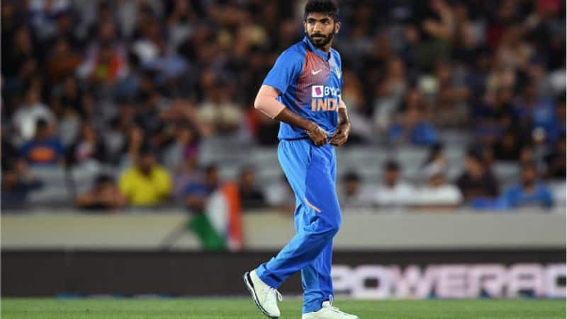 rohit sharma explains why bumrah chosen to bowled a super over