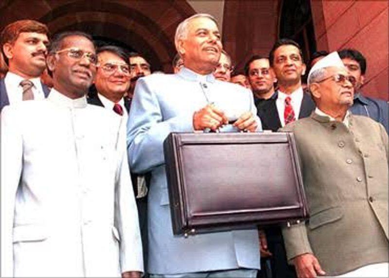 1998-99: Finance minister Yashwant Sinha presented the budget of the Atal Bihari Vajpayee govt