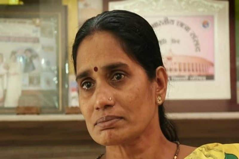 convict's lawyer challenged hanging won't happen claims Nirbhaya's mother