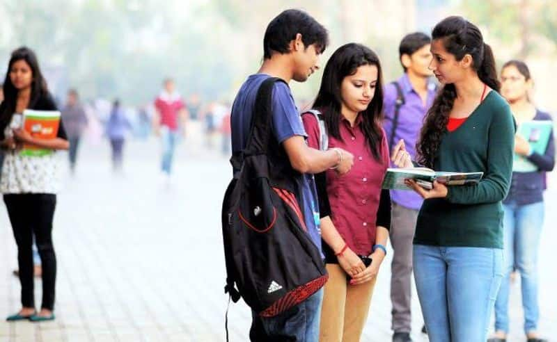 andhra pradesh government plans to reduce engineering college fees soon