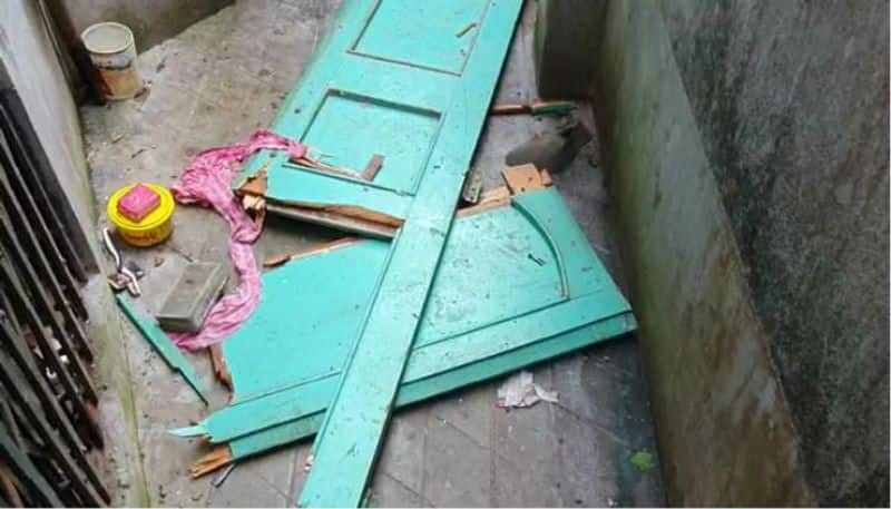 Explosion at a house in Balurghat creates panic