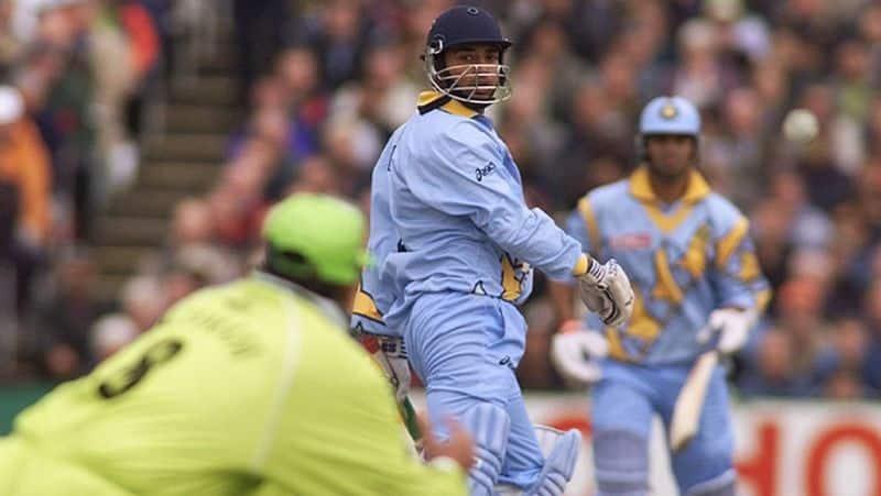 1998లో అజయ్ జడేజా కెప్టెన్సీలో ఓ జట్టు, మహ్మద్ అజారుద్దీన్ కెప్టెన్సీలో మరో జట్టు ఒకేసారి రెండు భిన్నమైన టోర్నీలు ఆడాయి. 1998 కామన్వెల్త్ గేమ్స్కి అజయ్ జడేజా కెప్టెన్సీలోని భారత జట్టు బరిలో దిగింది.