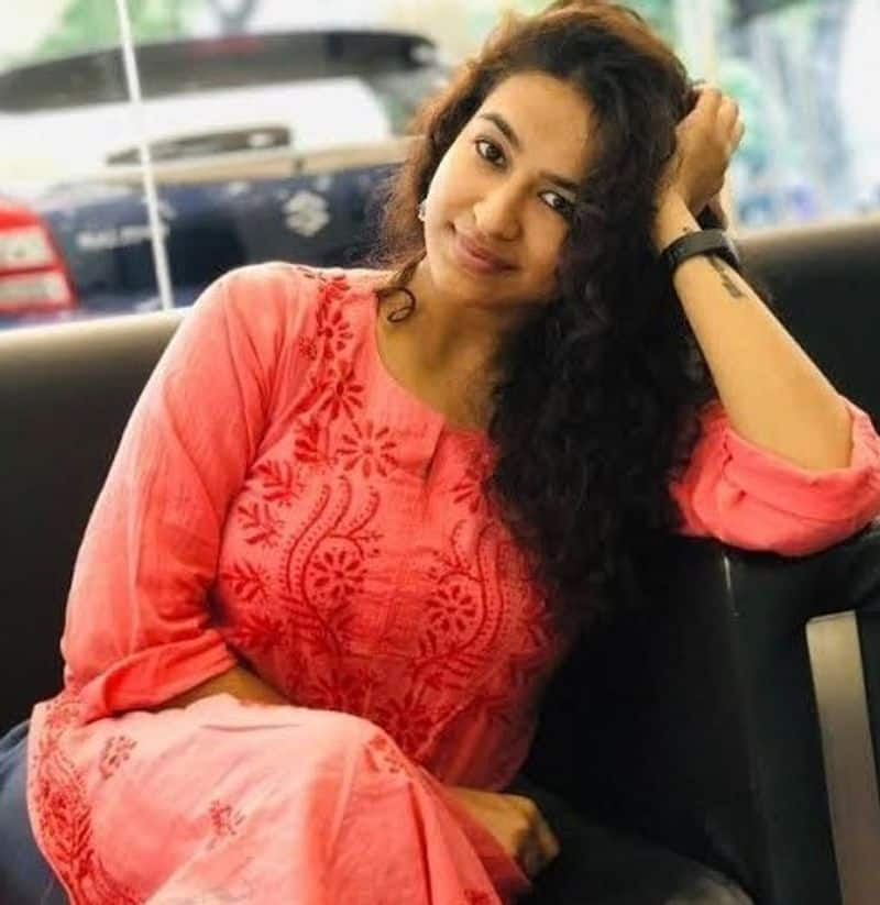 Actress Misha Ghoshal Very poor Condition In Film Industry After Rejected Ajith Movie