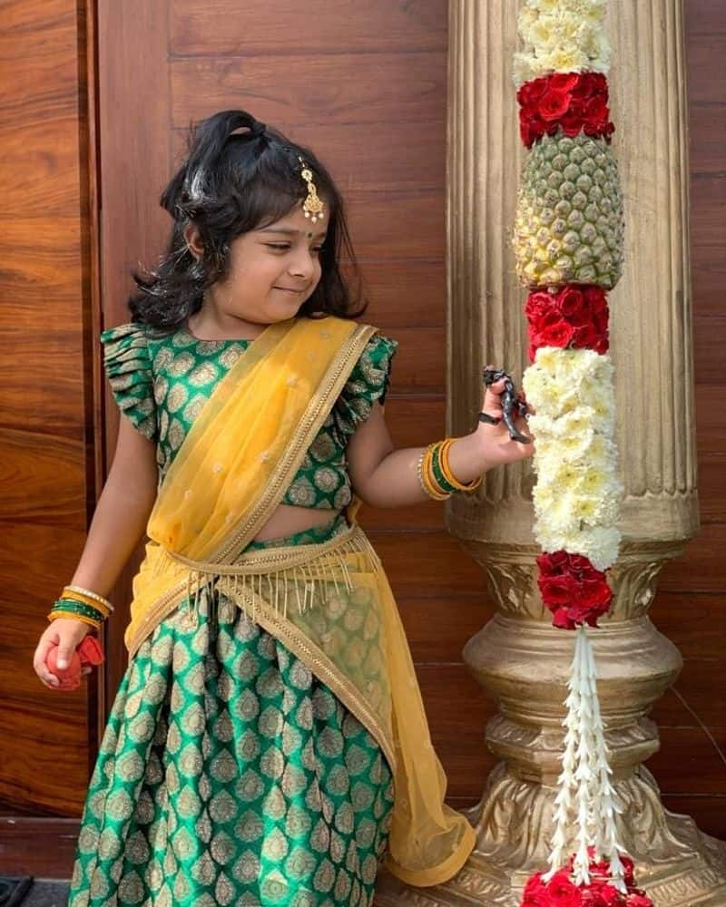 குட்டி தேவதை ஸ்ரீதேவி மகள் ரூபிகா புகைப்படங்கள்: