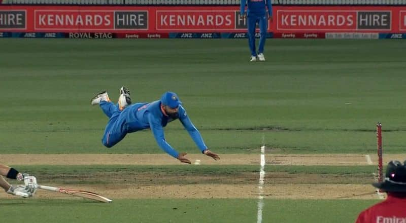 virat kohli run out henry nicholls and turns the match in first odi against new zealand