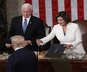 Trump refuses to shake Nancy Pelosis outstretched hand, she tears up his speech