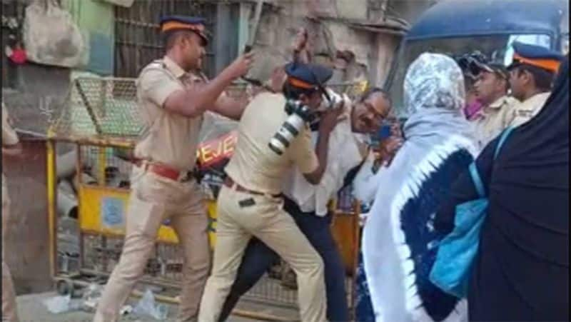 Muslims protest in Chennai against CAA law The police beat the blow. The struggle throughout Tamil Nadu at night