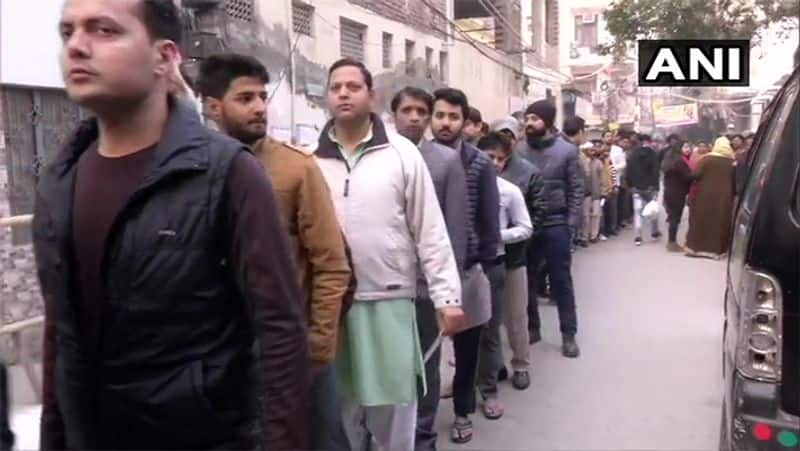 Delhi Assembly Elections Today Voting began. Who's going to conquer Delhi?
