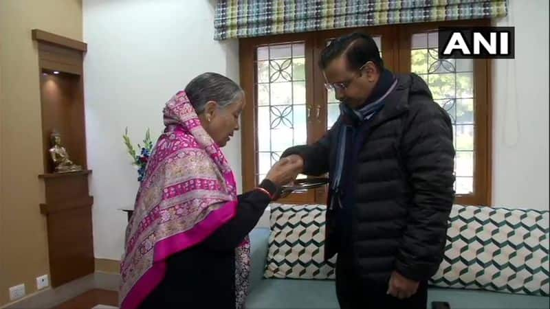 Delhi Election 2020: Incumbent CM Kejriwal votes along with his family