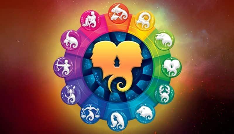 मिथुन-मिथुन राशि के जातकों के लिए आज का दिन औसत कहा जा सकात है। किसी रिश्तेदार का परिवार में आज आगमन हो सकता है। आर्थिक स्थिति मजबूत रहेगी।