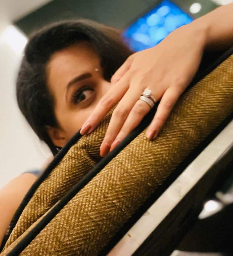 Actress Bhavana Bed Room Selfie Going Viral