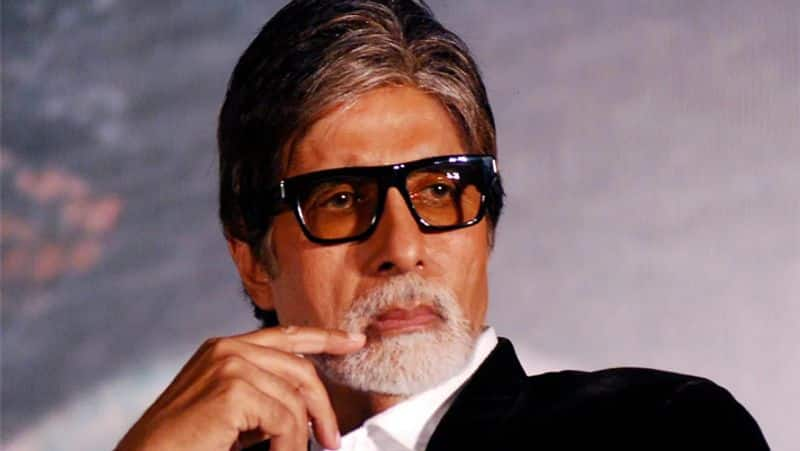 Amitabh bachchan shares throwback picture of the premiere of Sholay