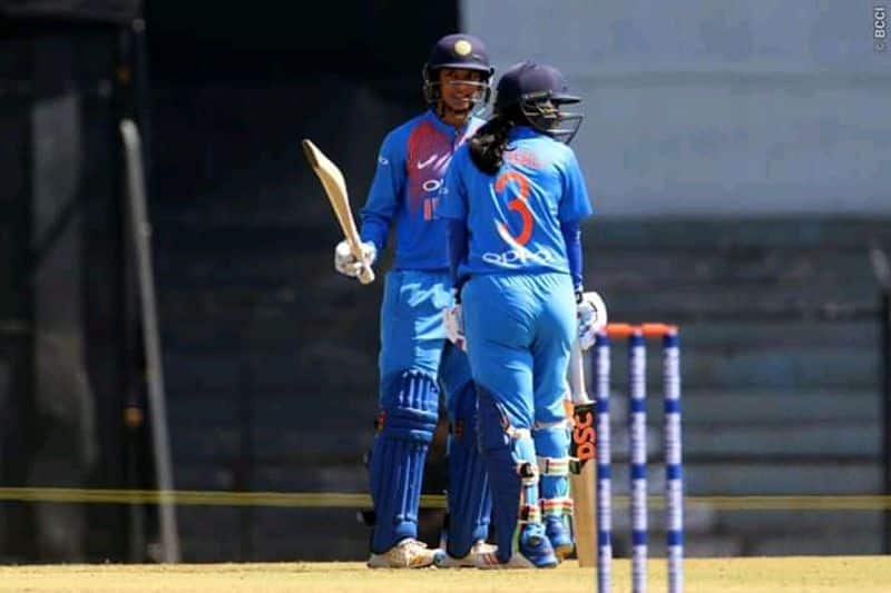 india set challenging target to australia in womens t20 world cup