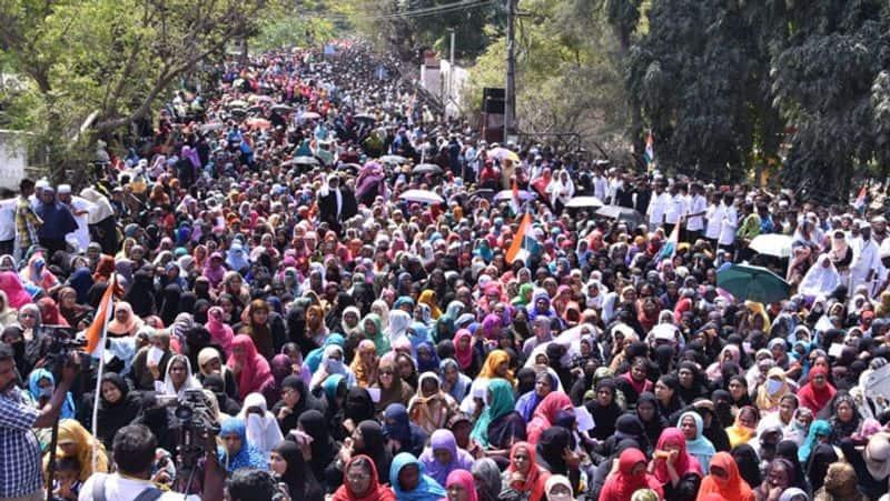 bjp minister giriraj singh talking about Muslims evacuation  to Pakistan