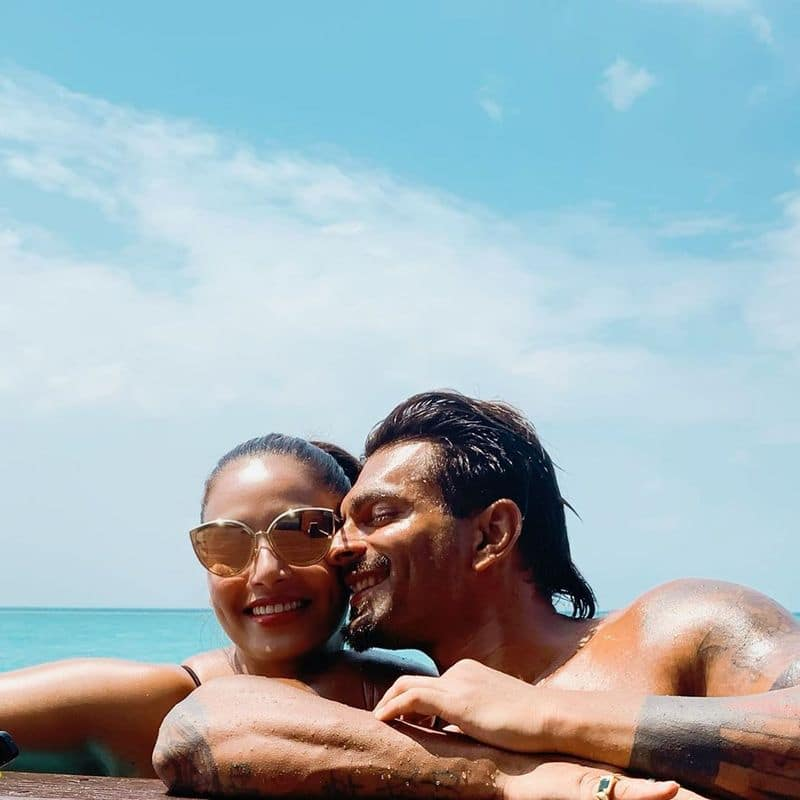 Actress Bipasha Basu and Karan Singh Grover Swimming Pool Romance