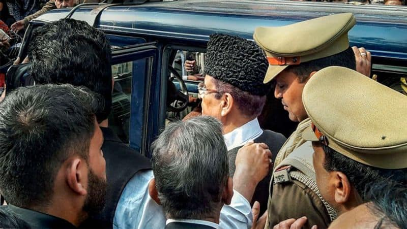 Yogi ends Azams politics in Rampur, SP leader will remain in jail with family at present