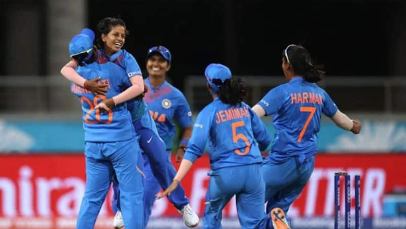 India reaches finals of ICC Women's T20 World Cup for the first time
