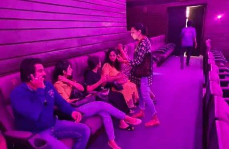 ajith family see the draupathi movie