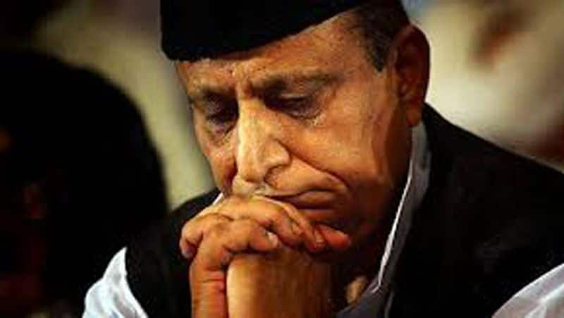 Azam Khan's problems will increase, preparation of charge sheet on wife and sons