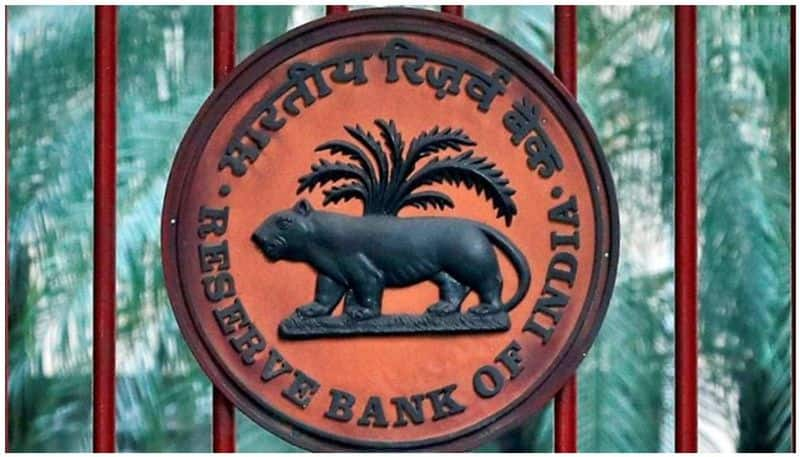 RBI opens up Rs 50000 crore package to save mutual funds