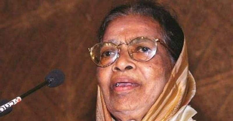 Fathima Beevi - First female Supreme Court judge:  Fathima Beevi was elevated as a judge of the Supreme Court in the year 1989.