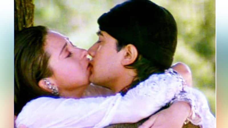 Karishma Kapoor opens up on long kissing scene with amir khan
