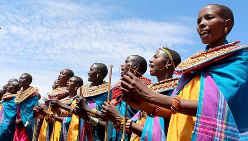 <p>আজ আন্তর্জাতিক নারী দিবস উপলক্ষে উমোজা গ্রামের প্রতিটি মহিলার জন্য রইল এশিয়ানেট নিউজ বাংলার তরফ থেকে বিশেষ শ্রদ্ধার্ঘ্য।&nbsp;</p>