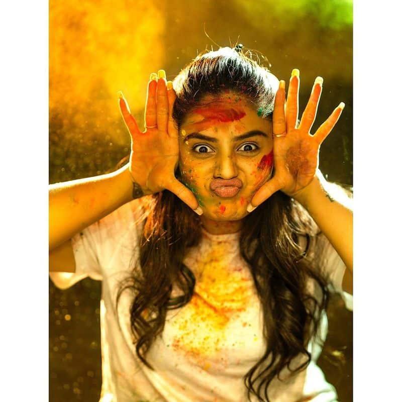 (Courtesy :Instagram) అందంతో సమ్మోహన పరుస్తున్నశ్రీముఖి