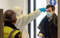आगरा से हनीमून पर गया एक कपल भी कोरोना वायरस के साथ आया है। ऐसे में लोग वायरस से काफी डरे हुए हैं। वहीं इसको लेकर झूठी खबरों का भी अंबार लगा हुआ है।