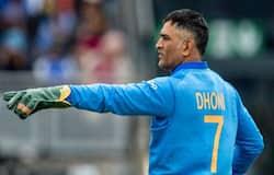लोकेश राहुल ने कम मैचों में ही अपनी उपयोगिता साबित की है और भविष्य में उन्हें धोनी की जगह भारतीय टीम में मुख्य विकेटकीपर की जिम्मेदारी मिल सकती है।