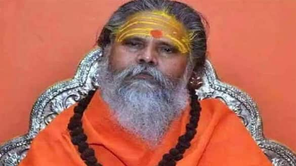 Akhada parishad President Mahant Narendra Giri mysterious death, Know what he wrote in suicide note