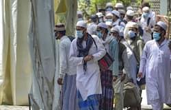 ये निकला नतीजा  इसलिए हम कह सकते हैं कि पाकिस्तान के कराची की एक मस्जिद के पुराने वीडियो को तब्लीगी जमात के सदस्यों के नाम पर झूठे दावों के साथ वायरल किया गया। जबकि ऐसी कोई घटना नहीं हुई है। देश पहले की कोरोना आपदा से लड़ रहा है ऐसे डरावने माहौल में लोगों को सोशल मीडिया पर ऐसी सांप्रदायिक घटनाओं के नाम झूठे और फर्जी दावों को साझा करने से बचना चाहिए।