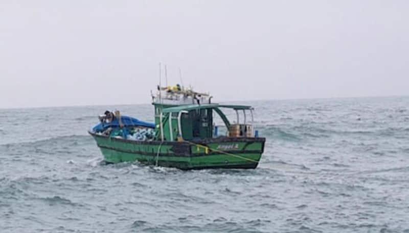 heavy wind warning for fishermen