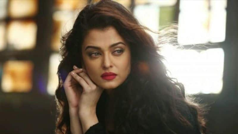 <p>Apparently, he noticed a photographer taking Aishwarya Rai from a low angle and immediately called out him and asked what kind of picture he is trying to capture of Aishwarya Rai.</p>