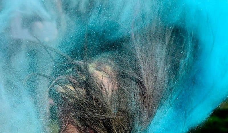 <p><strong>6. ಜನರೊಂದಿಗೆ ಕೈಗಳನ್ನು ಬೆರೆಸಬೇಡಿ</strong><br /> ಕಳೆದ ಒಂದು ವರ್ಷದಿಂದ, ಹಬ್ಬದ ಸಮಯದಲ್ಲಿ, ಜನರ ಜೊತೆ ಕೈ ಜೋಡಿಸದಿರಲು ನಾವು ಕಲಿತಿದ್ದೇವೆ, &nbsp;ಈ ಬಾರಿಯೂ ಹಬ್ಬದ ಸಮಯದಲ್ಲಿ ಕೈಗಳು ಬೆಸೆಯದಂತೆ ನೋಡಿಕೊಳ್ಳಿ.&nbsp;</p>