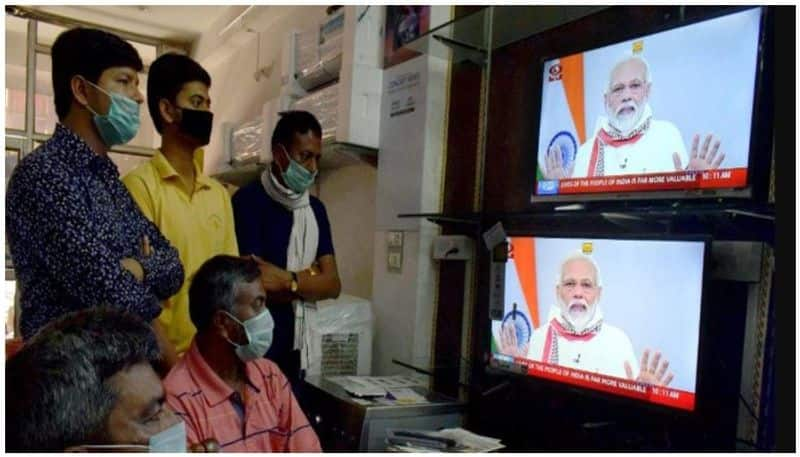 Prime Minister Modi extends the Lock down to match the exact quarantine period to fight Covid 19